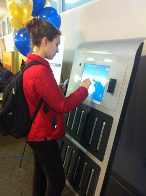 Vending Machine Dispenses MacBooks for Student Use