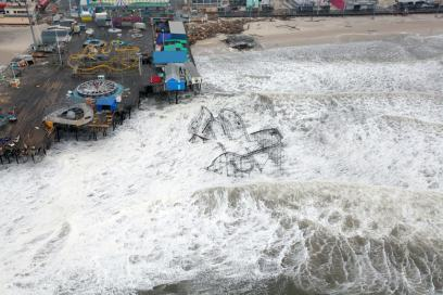 Hurricane_Sandy_New_Jersey_Pier