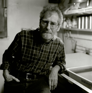 Master black-and-white printer and photographer Sid Kaplan by Harvey Wang, 2008.