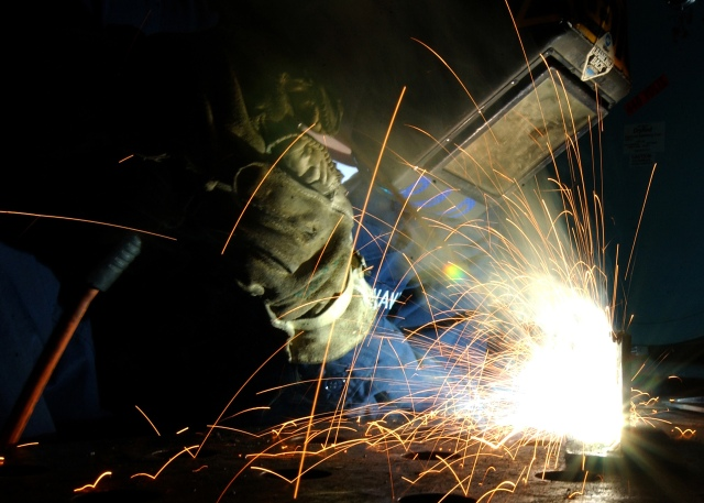 040225-N-8213G-058