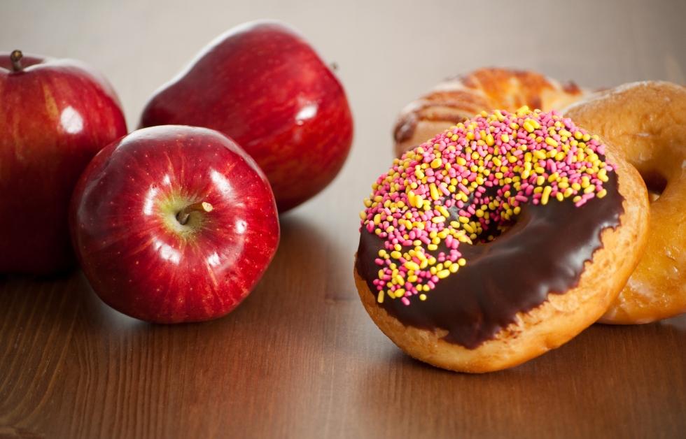 Three Red Apples Versus Doughnuts